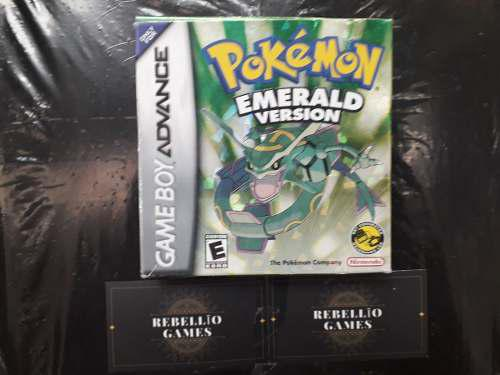 Pokémon Emerald Version - Game Boy Advance (con Caja)