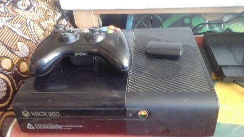 Xbox 360 Con Gears Of War Incluido Y Un Control
