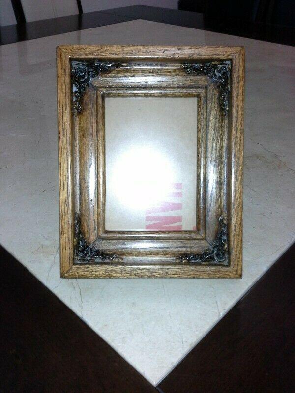 Porta retrato de madera sólida, estilo rústico; con