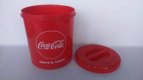 Bote Coca Cola.