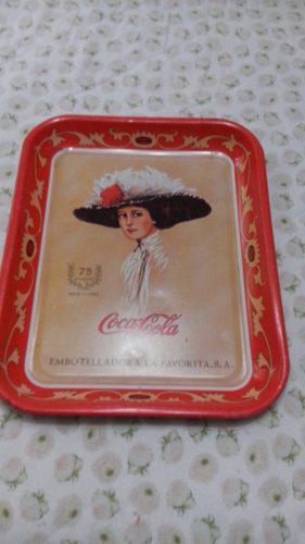 Charolas Antigua, Coca Cola