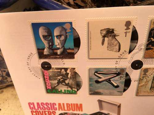 Sobre Primer Día Classic Album Covers 2010