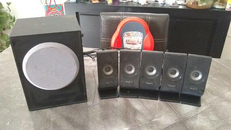 Remato equipo de sonido 5.1 surround marca CREATIVE $750