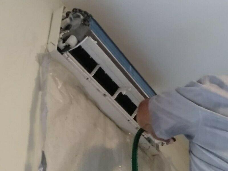 Servicio de refrigeracion y mantenimiento de minisplit.
