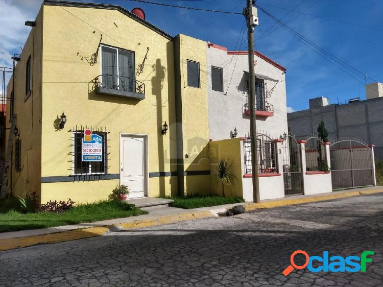 Casa en condominio en venta en La Cabaña, Texcoco, México