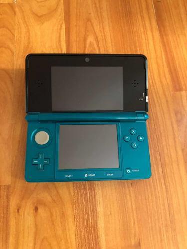 Nintendo 3ds Azul Con 7 Juegos Y Accesorios