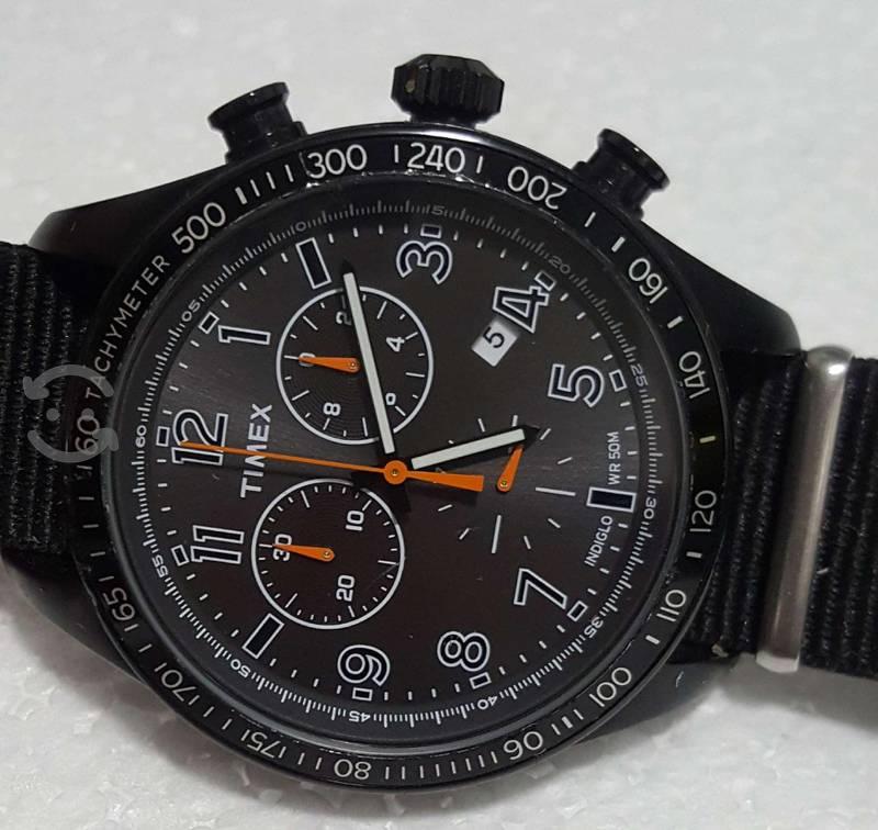 Reloj timex cronografo indiglo