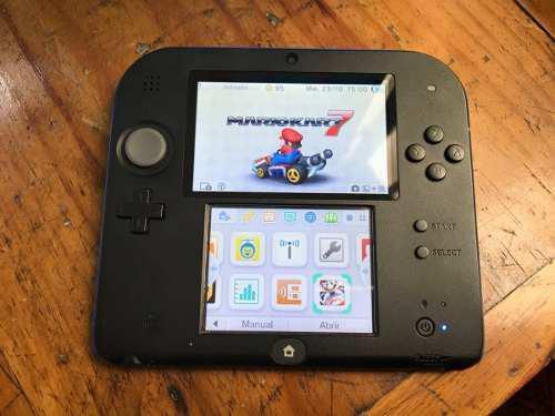 Consola Nintendo 2ds Negro Y Azul Mario Kart 7 Preinstalado