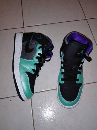 Tenis Jordan 1 Gs Mid Atomic Teal Ultraviolet Retro
