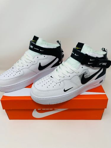 Tenis Nike Air Force One Utility Mid