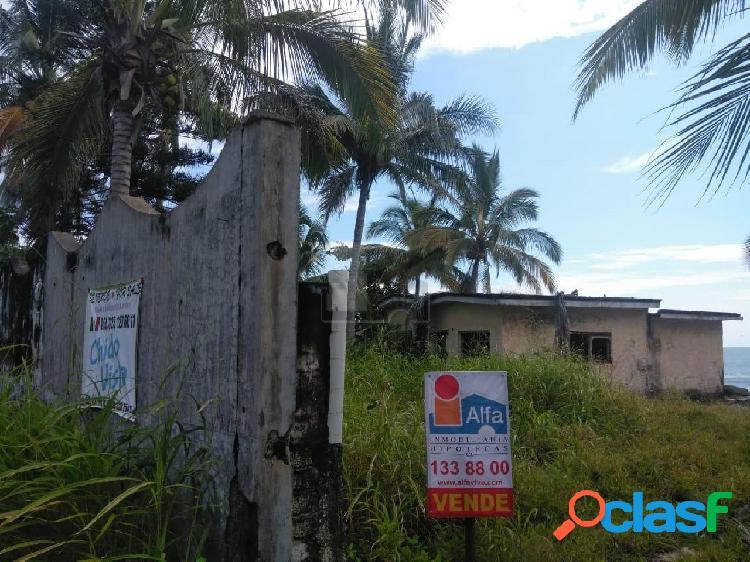 Terreno habitacional en venta en Playa de los Cocos, San