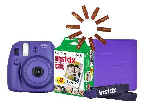 Paquete Fujifilm Instax Mini 8 Morada + 20 Fotos + Regalos