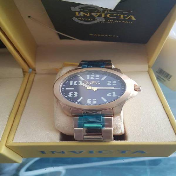 Reloj Invicta Nuevo Sumergible Acero inox dorado