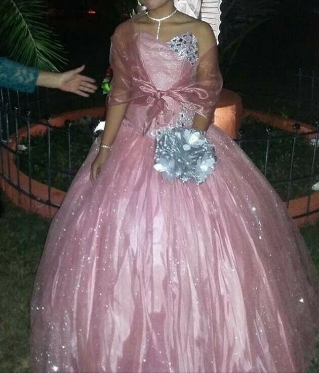 Vestido De Xv Años Fiusha Con Cebra Posot Class