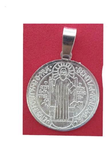 Dije O Medalla De San Benito En Plata Fina.925 2.2 Cms.
