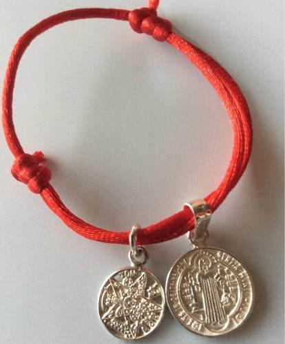 Pulsera Roja Dije Medalla San Benito Y Tetragramaton Plata