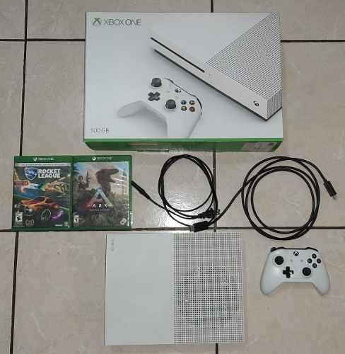 Xbox One S 500gb Funcionando Al 100%. 2 Juegos De Regalooo!