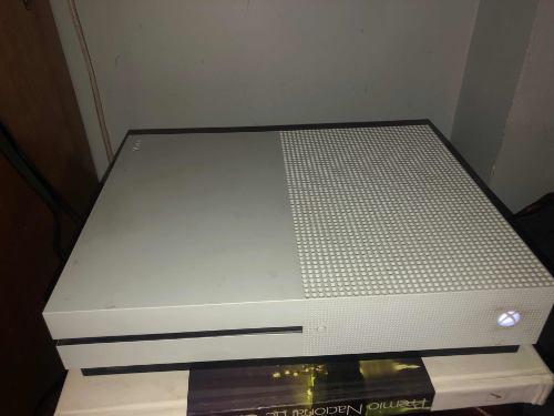 Xbox One S De 500gb En Excelentes Condiciones