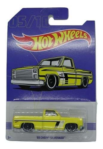 Hot Wheels 83 Chevy Silverado 5/10 Base Metal Pickup Truck