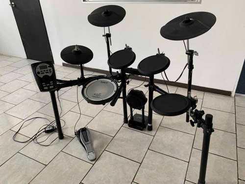 Batería Roland V Drums