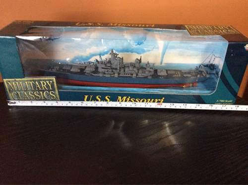 Barco U.s.s. Missouri Diecast
