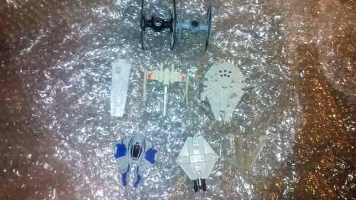 Naves Star Wars Miniatura Y Una Base