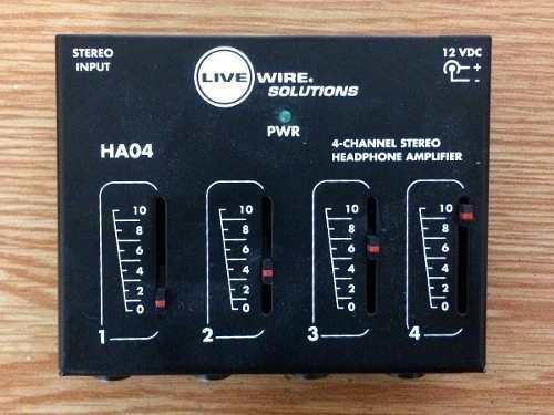 Amplificador Y Divisor De Señal Para Audífonos. 4 Canales.