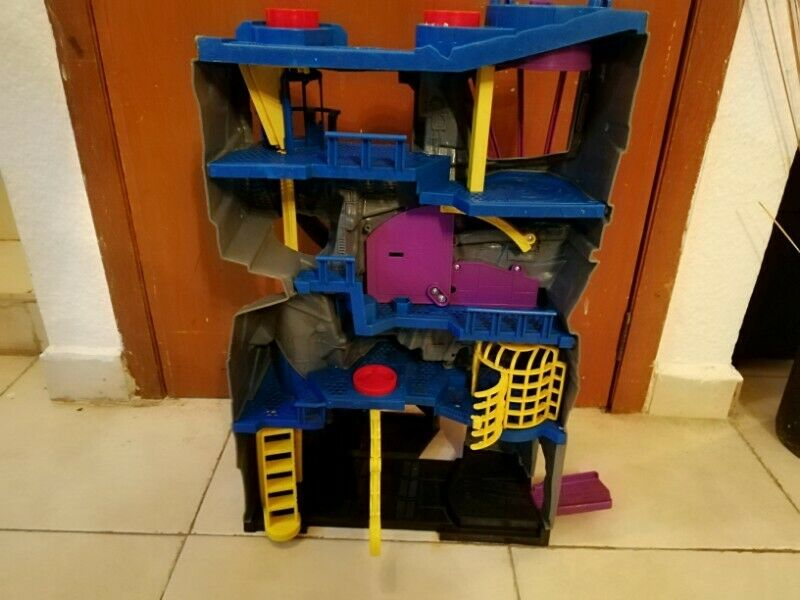 Baticueva de Imaginext para niños con luz batman súper