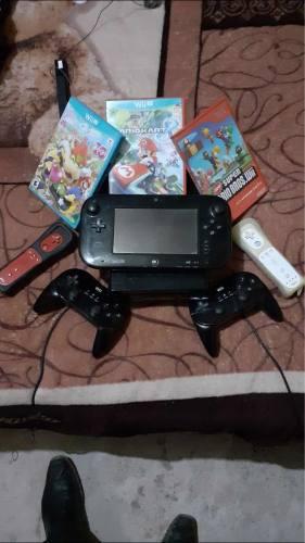 Nintendo Wii U Con 3 Controles Y 7 Juegos