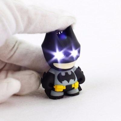 Llavero Batman Figura Con Luz Led En Ojos Y Sonido + Envío