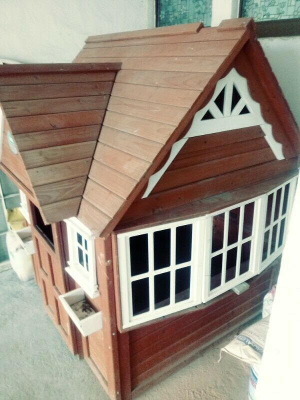 Vendo casita de madera para niñas