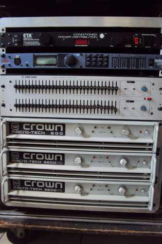 Rack Con Amplificadores Completo Para Sistema A 3 Vias