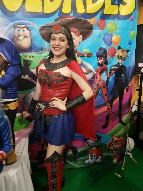 SHOW INFANTIL DE MUJER MARAVILLA Y SUPER HERO GIRLS