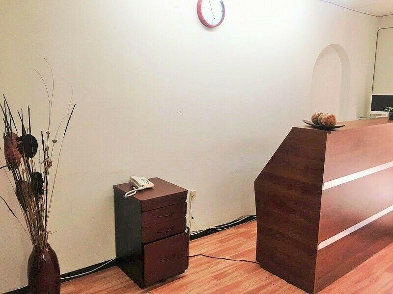 OFICINAS CON USO DE SUELO COMERCIAL