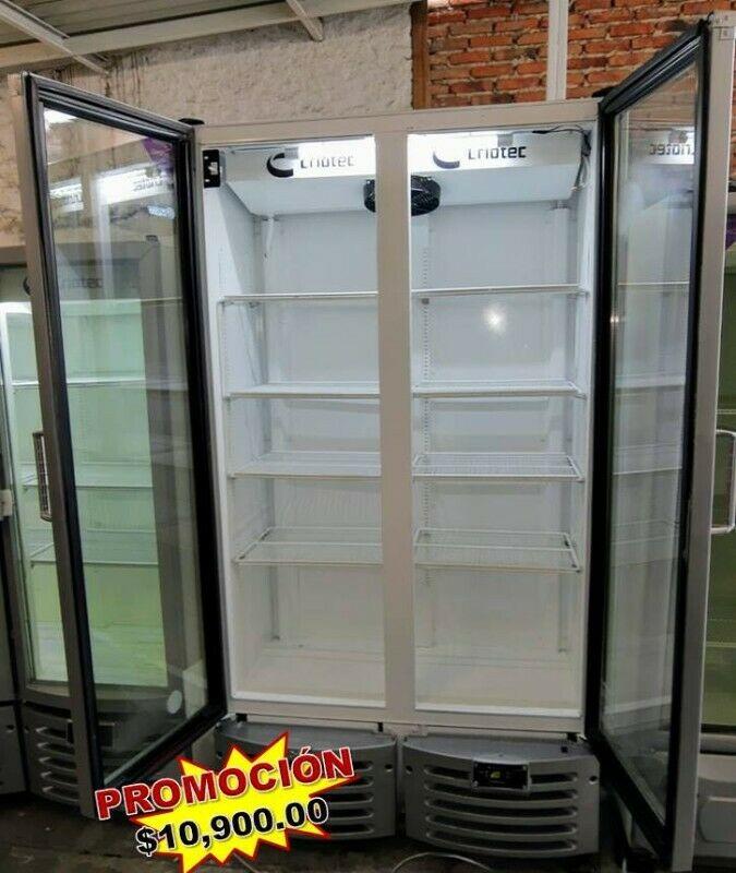 Refrigeradores de 2 puertas marca CRIOTEC