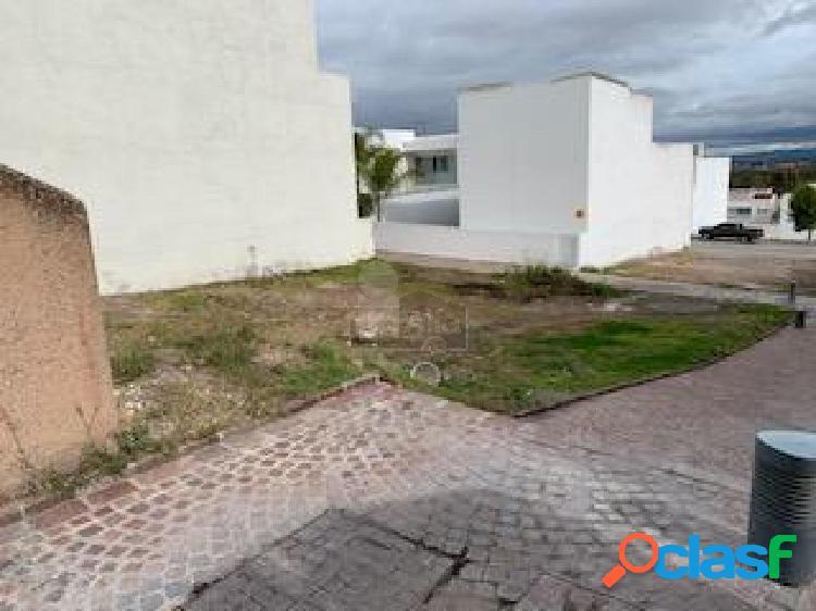 Terreno habitacional en venta en Privadas del Pedregal, San