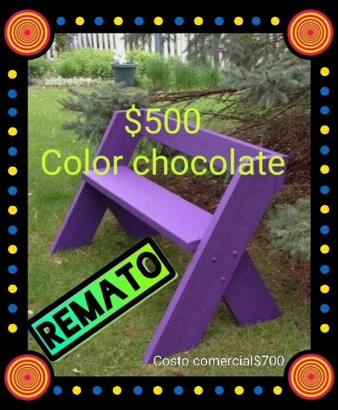 Banca en madera color chocolate