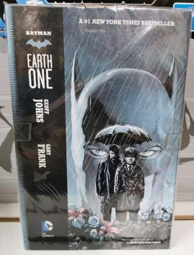 Comic Batman Earth One Volumen 1 Y 2 (ingles)