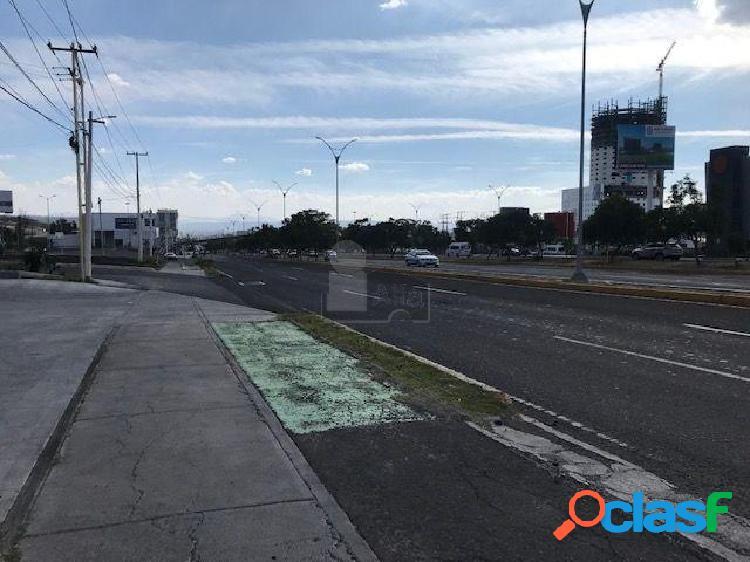 Terreno comercial en venta en 5 de Febrero, Querétaro,
