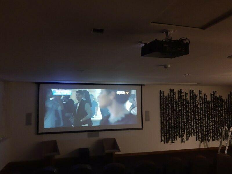 Reparación e Instalación de Videoproyectores y equipo de