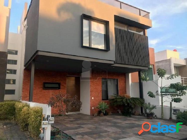 Casa sola en renta en Juriquilla Santa Fe, Querétaro,