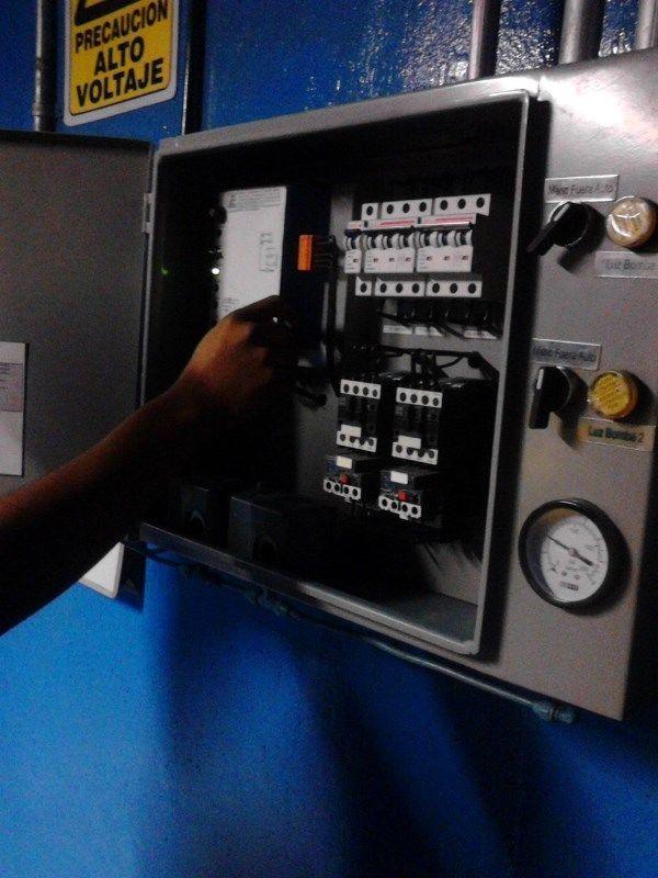 electricistas urgentes las 24 horas