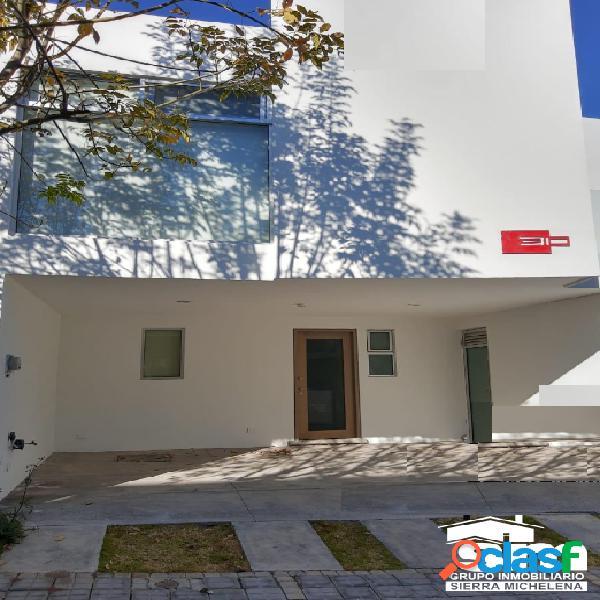 Casa en venta en Parque Cuernavaca en Lomas de Angelopolis