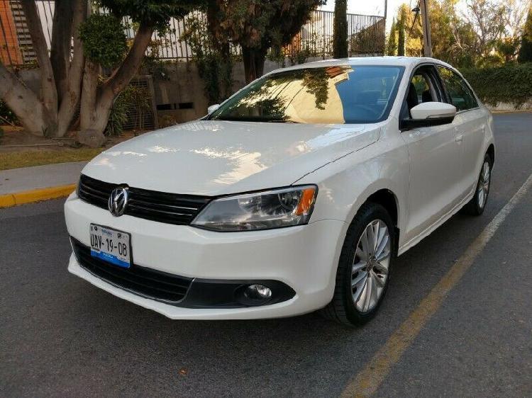 Volkswagen Jetta Sport Estándar 2013 Seminuevo