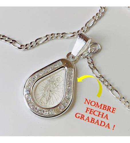 Medalla O Dije Zirconias Con Cadena Grabada Primera