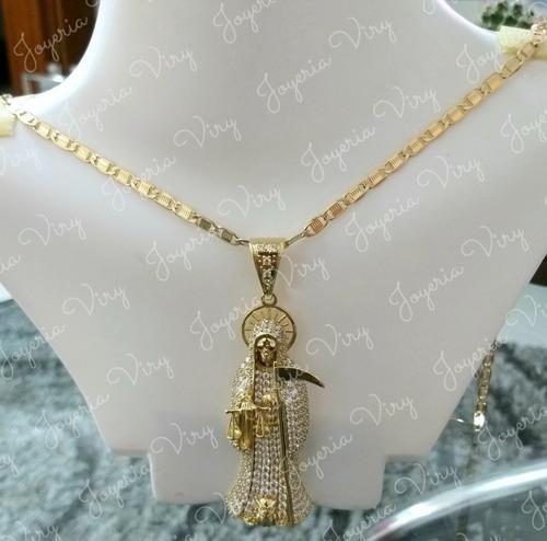 Precioso Dije De La Santa Muerte Con Cadena De Oro Laminado