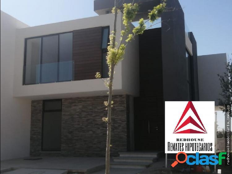 01359 Vendo casa en Residencial Tahona.