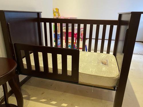 Cuna Para Bebé Con Barandal Completo Y Entrenador