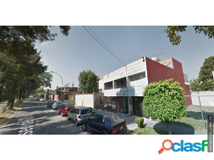 Venta de Casa Sola DE CONTADO! en Naucalpan PRP1