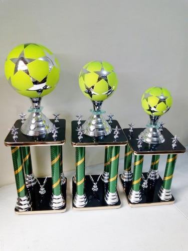 Trofeos De Futbol Tercia
